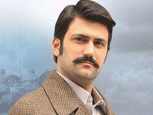 Sevda Kuşun Kanadında - Derda Yasir Yenal - Mustafa Kimdir?