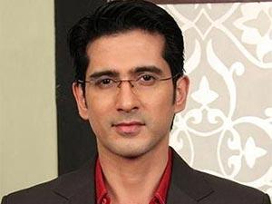 Tatlı Bela - Samir Sharma - Varad Niranjan Agnihotri Kimdir?