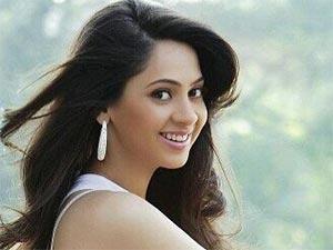 Tatlı Bela - Shalmalee Desai - Sojal Varad Agnihotri Kimdir?