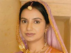 İkimizin Yerine - Bhairavi Raichura - Bhagwati Khajaan Singh (Bhago) Kimdir?