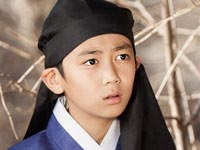 Işığın Prensesi - Choi Kwon-Soo - Hong Joo-Won (Çocukluğu) Kimdir?