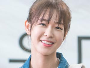 Sev Beni - Kyung Soo-Jin - Song Shi-Ho