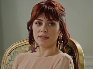 Fazilet Hanım ve Kızları - Hazal Türesan - Yasemin Egemen Kimdir?