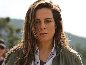 Savaşçı - Lesli Karavil - Leyla Kimdir?